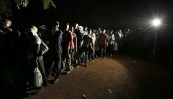 Exclusive Photos : Long Queues as Kenyans Prepare to Vote in a Tight Presidential Race